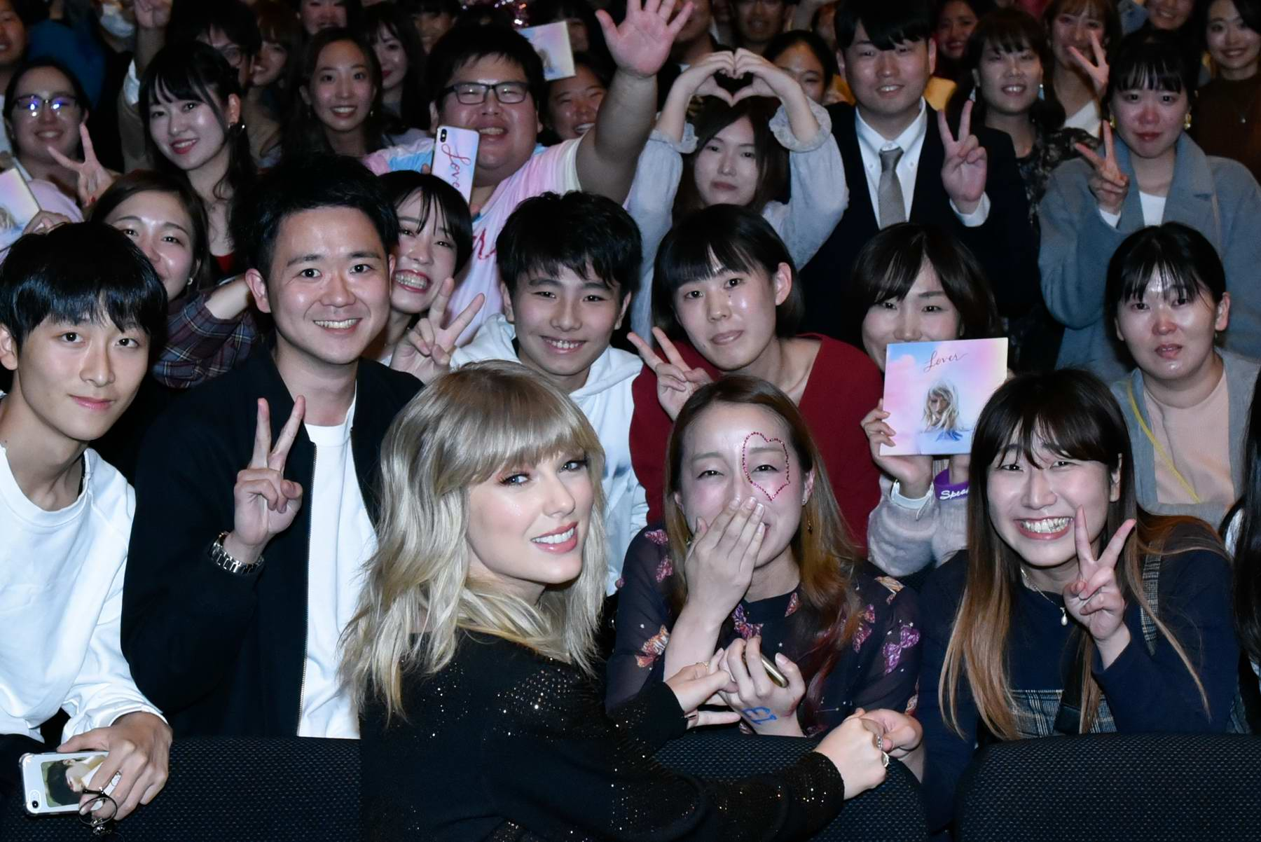 Taylor Swift Attends A Lover Meet And Greet Event In Tokyo Japan 061119 7