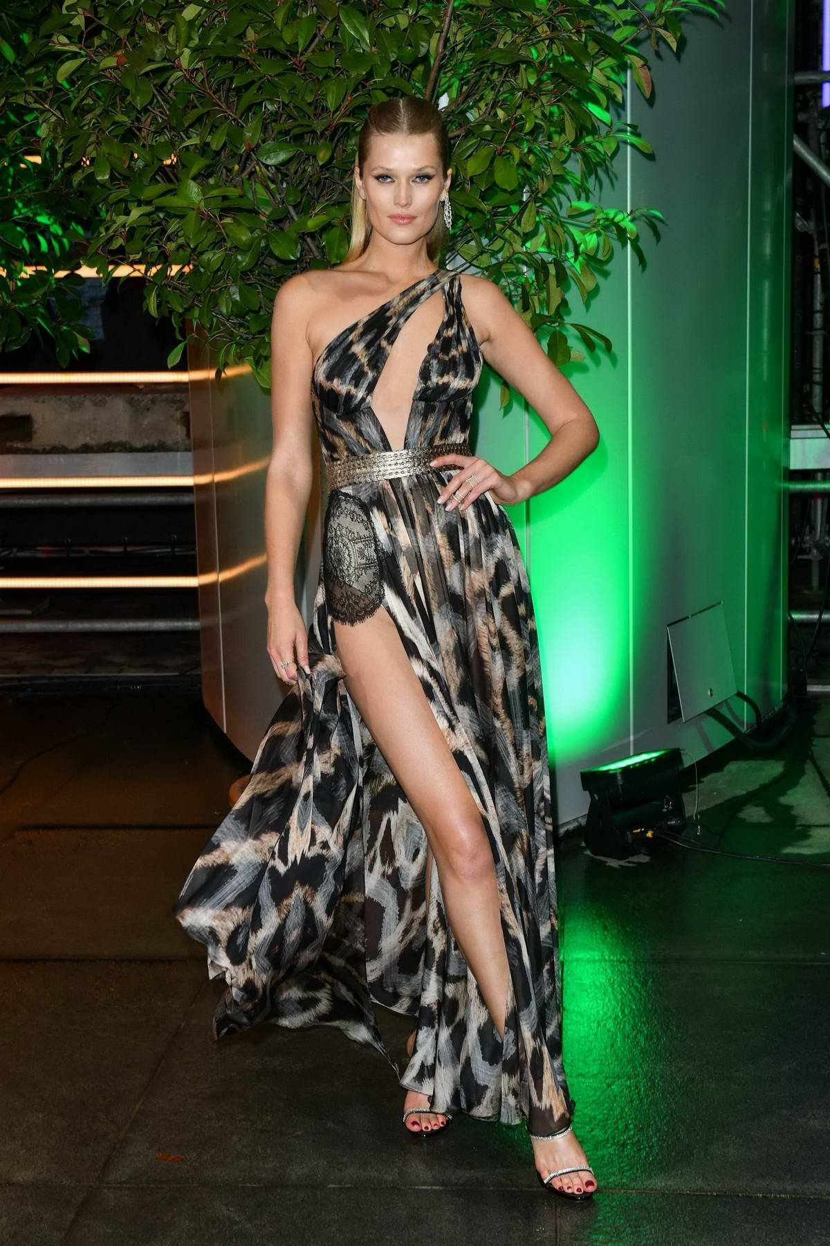 Toni Garrn attend the International Music Awards 2019 at the Verti Music Hall in Berlin, Germany