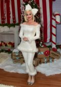 Katy Perry hosts a holiday party with Amazon at The Boys And Girls Club in Los Angeles