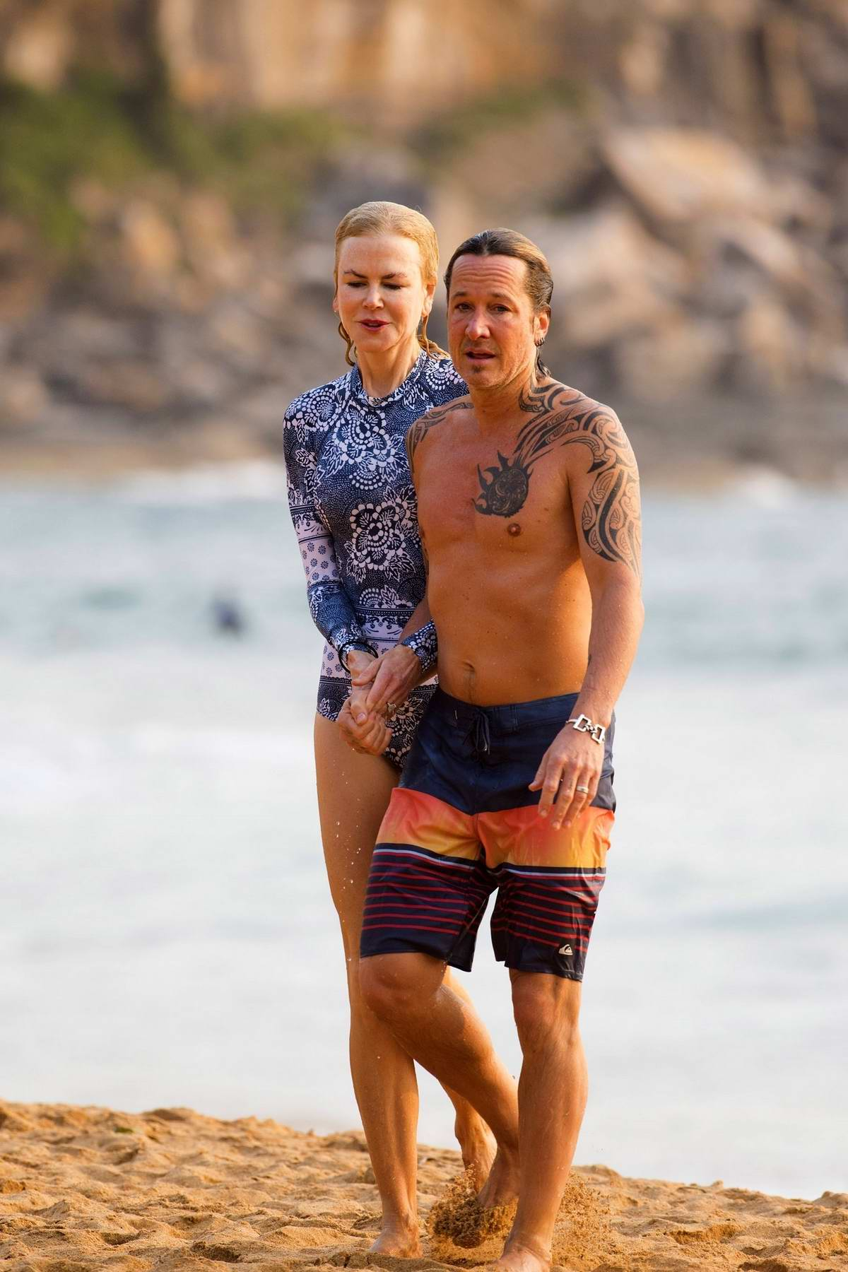 Nicole Kidman hits the beach for a morning swim with Keith Urban in Sydney, Australia