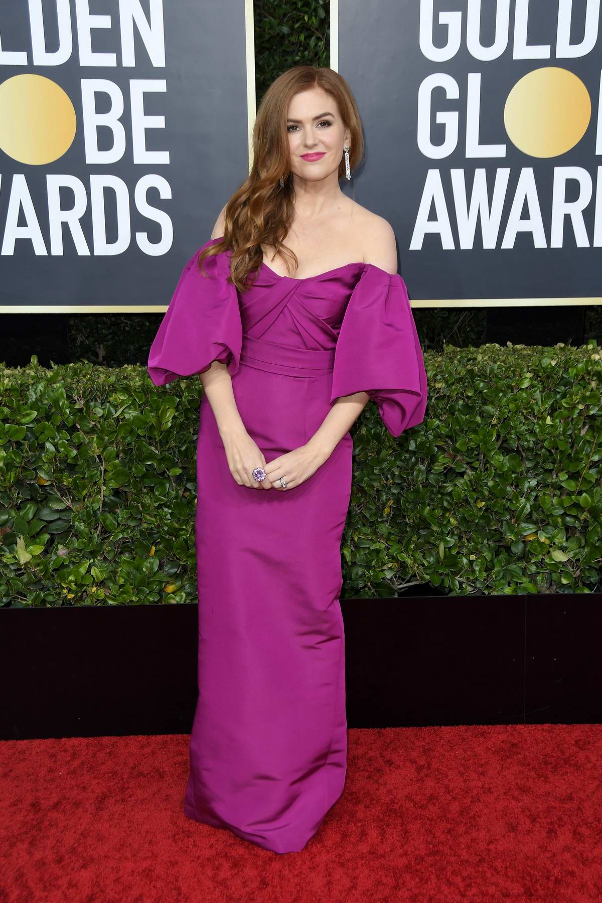Isla Fisher attends the 77th Annual Golden Globe Awards at The Beverly Hilton Hotel in Beverly Hills, California