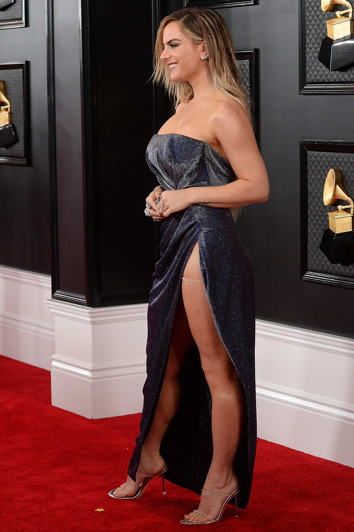 joanna jojo levesque attends the 62nd annual grammy