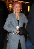 Kristen Bell is all smiles as she arrives at a Broadway play in New York City