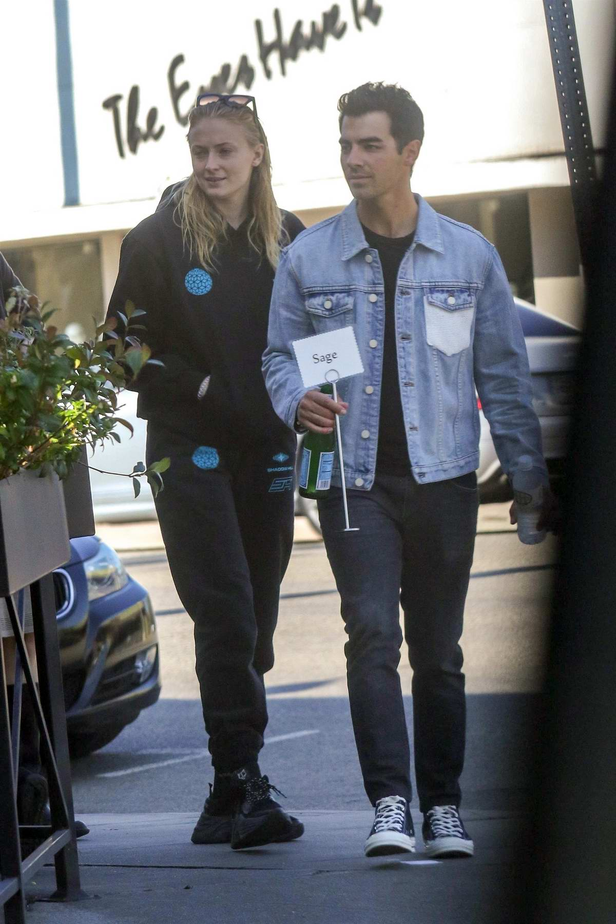 Sophie Turner and Joe Jonas arrive for a lunch date at Sweet Butter Kitchen in Sherman Oaks, California