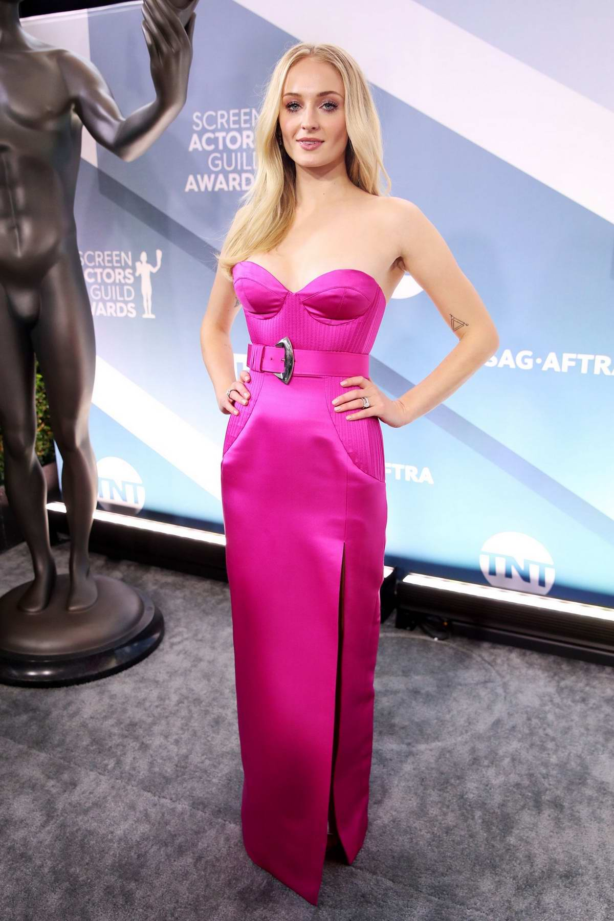 Sophie Turner attends the 26th Annual Screen Actors Guild Awards at the Shrine Auditorium in Los Angeles