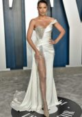Adriana Lima attends the 2020 Vanity Fair Oscar Party at Wallis Annenberg Center for the Performing Arts in Los Angeles