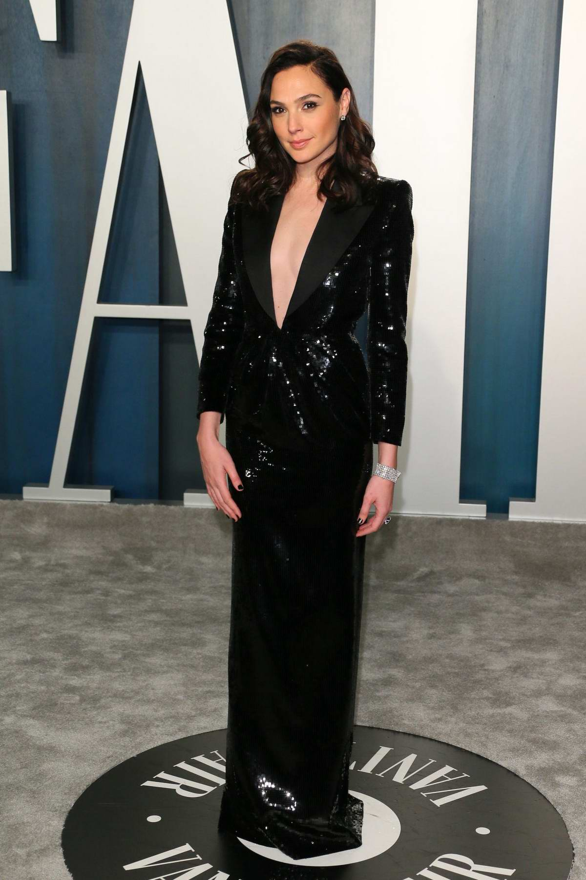 Gal Gadot attends the 2020 Vanity Fair Oscar Party at Wallis Annenberg Center for the Performing Arts in Los Angeles