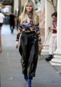 Heidi Klum looks fashionable in colorful top as she walks to the 'Germany's Next Top Model' set in Los Angeles