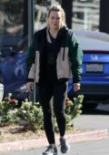 Hilary Duff stops to pick up some groceries at Trader Joe's in Los Angeles