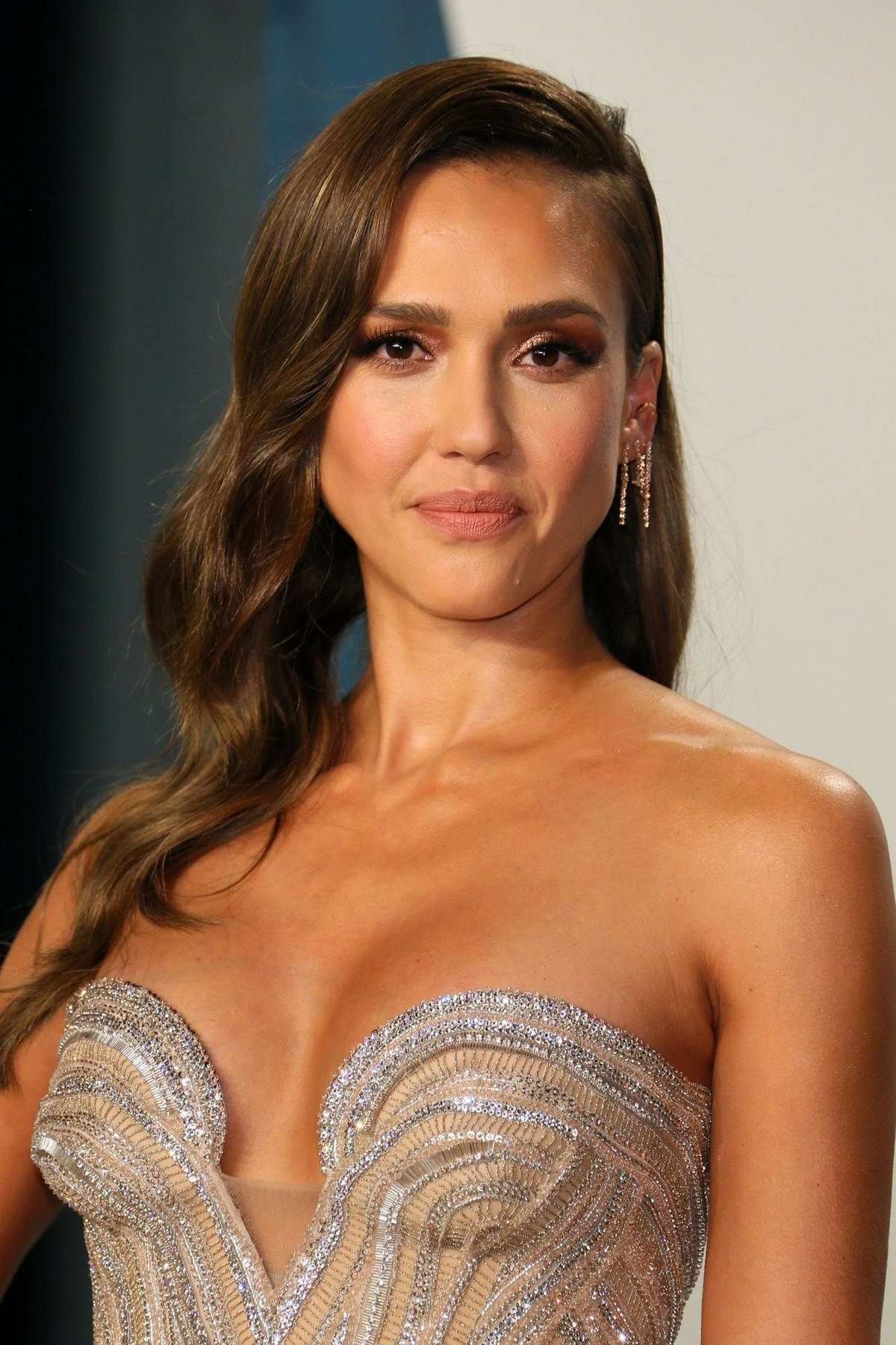 Jessica Alba Attends The 2020 Vanity Fair Oscar Party At Wallis Annenberg Center For The Performing Arts In Los Angeles 090220 6