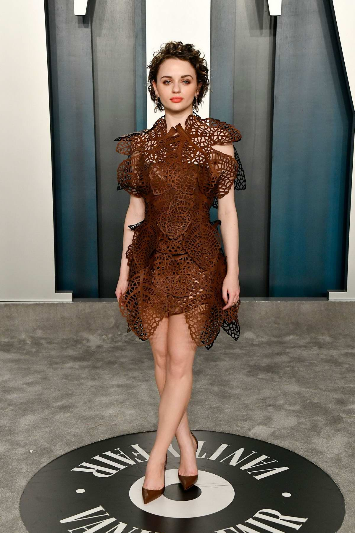 Joey King attends the 2020 Vanity Fair Oscar Party at Wallis Annenberg Center for the Performing Arts in Los Angeles