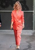 Katy Perry looks amazing in a peach suit as she arrives at 'Jimmy Kimmel Live' in Hollywood, California