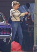 Amber Heard spotted as she clean out her garage in Los Angeles