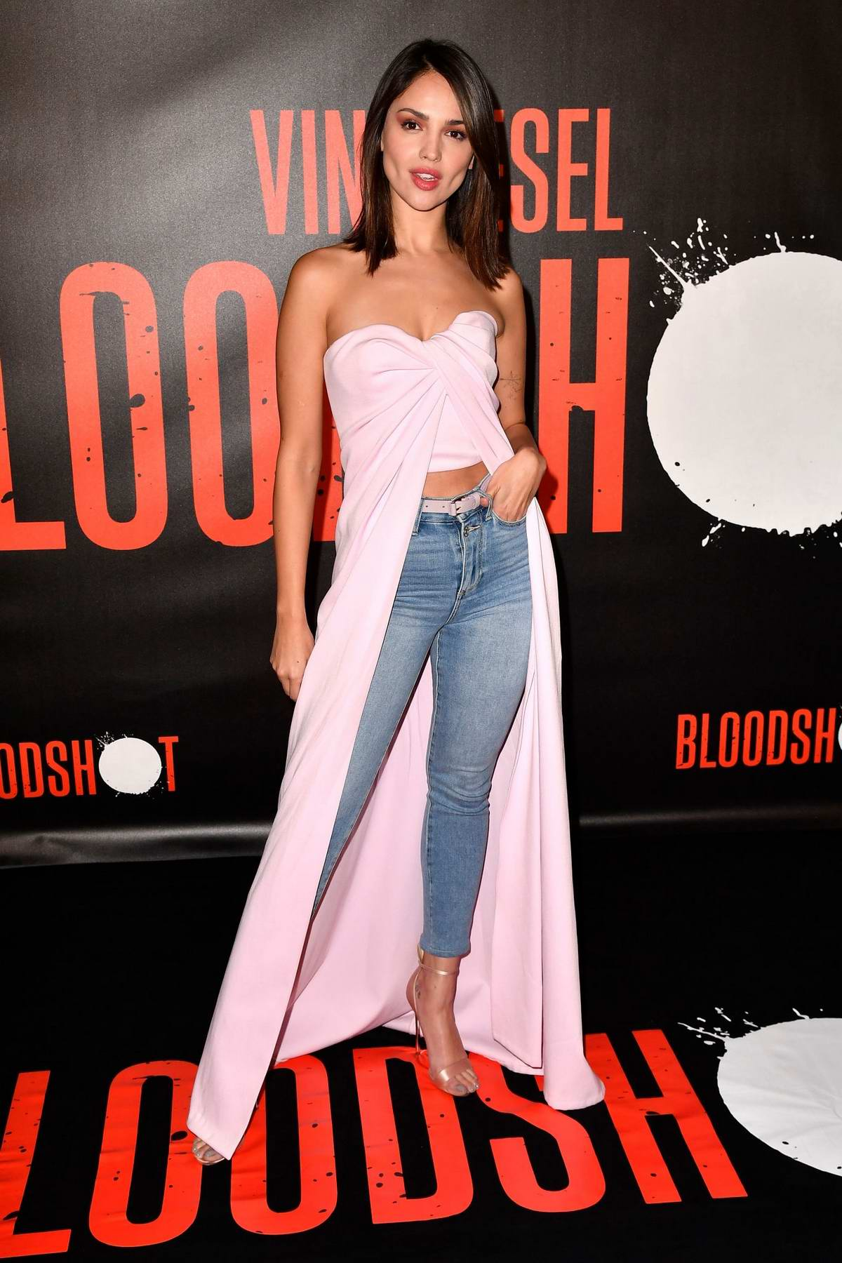 Eiza Gonzalez attends a Photocall for 'Bloodshot' in West Hollywood, California