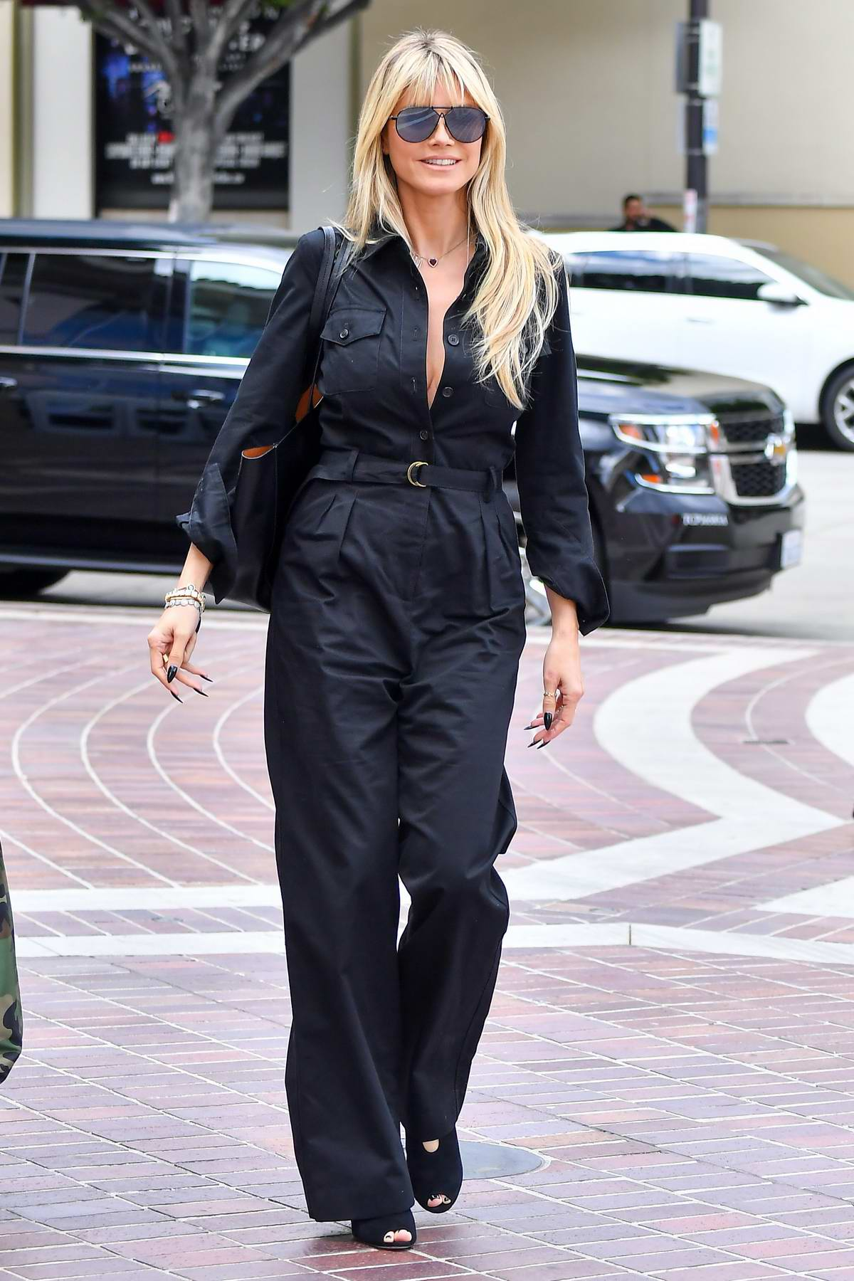 Heidi Klum looks stylish in black jumpsuit as she steps out in Pasadena, California