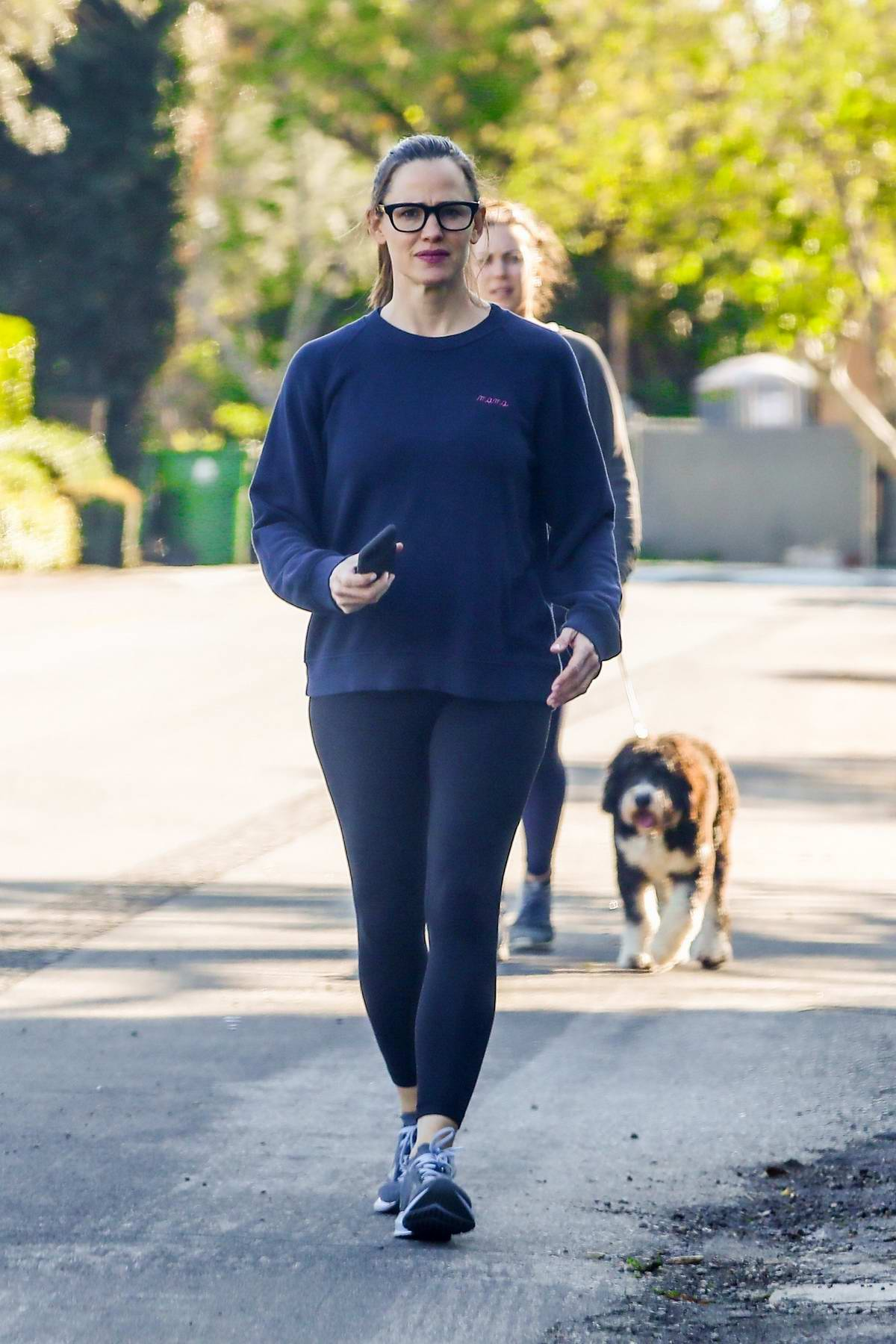 Jennifer Garner goes for a walk with her kids in Pacific Palisades, California