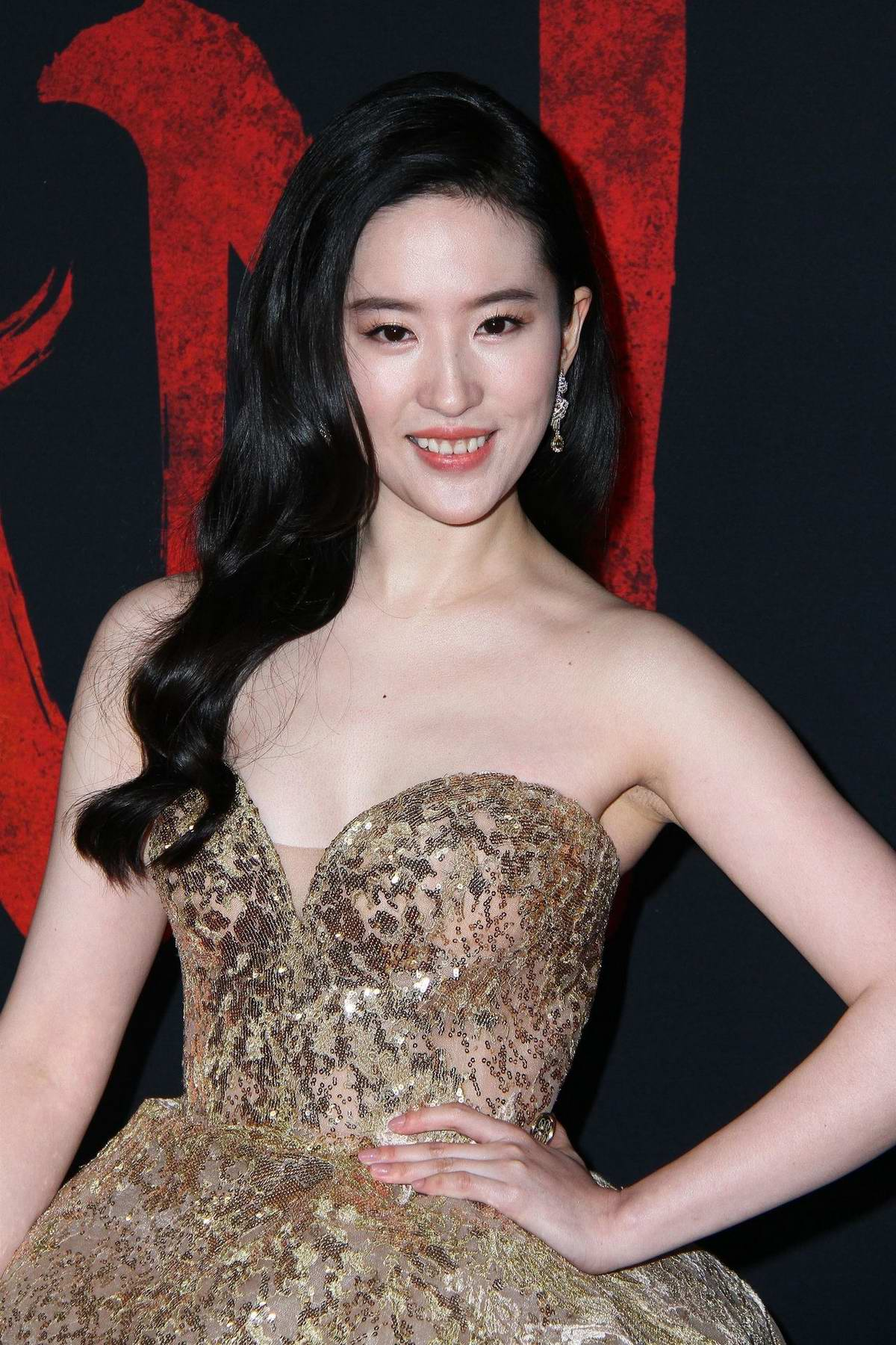 Liu Yifei attends the Premiere of Disney's 'Mulan' at Dolby Theatre in Los Angeles