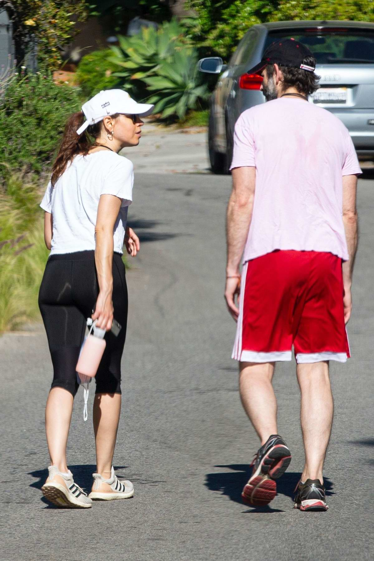 Aubrey Plaza and Jeff Baena get playful after a run in Los Angeles