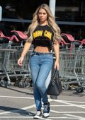 Bianca Gascoigne flaunts her toned abs while heading to Sainsbury's supermarket in Kent, UK