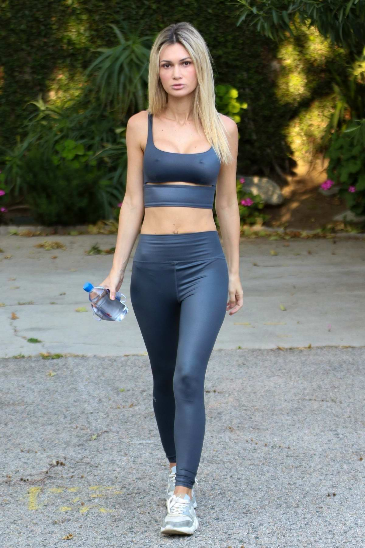 Ella Rose displays her slim figure in a crop top and leggings while out on a hike at Fryman Canyon in Studio City, California