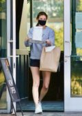 Erin Andrews picks up lunch to-go during stay-at-home order in Los Angeles