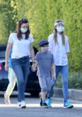 Jennifer Garner and her kids seen wearing masks while enjoying a hike in Brentwood, California