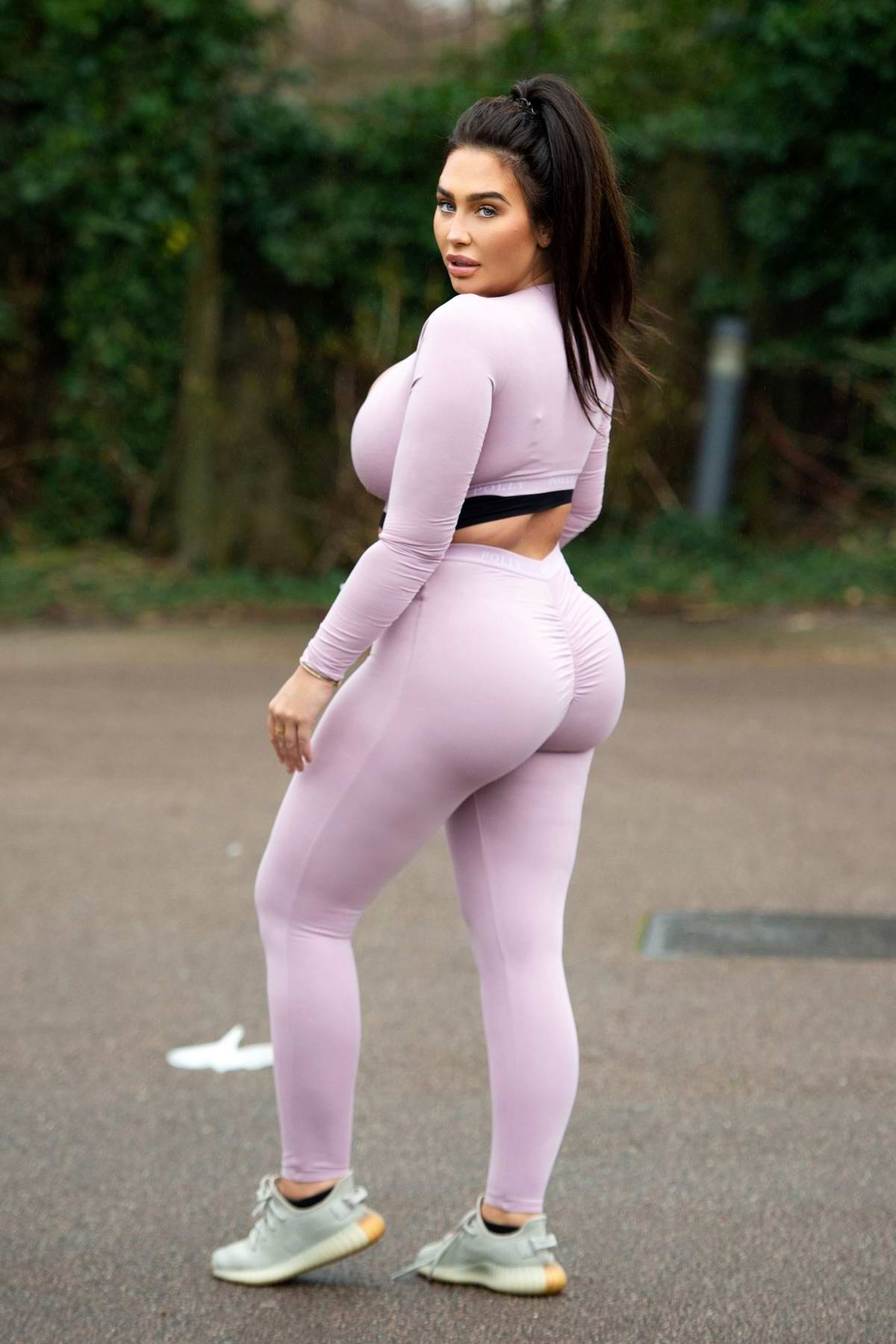 Lauren Goodger seen leaving her house to go out for a morning run in Essex, UK