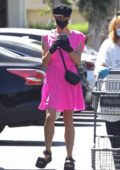 Diane Kruger is pretty in pink while shopping groceries with her mother at Bristol Farms in Beverly Hills, California