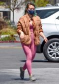 Hilary Duff rocks her new green hair with a pair of pink leggings as she picks up groceries at Trader Joe's in Studio City, California