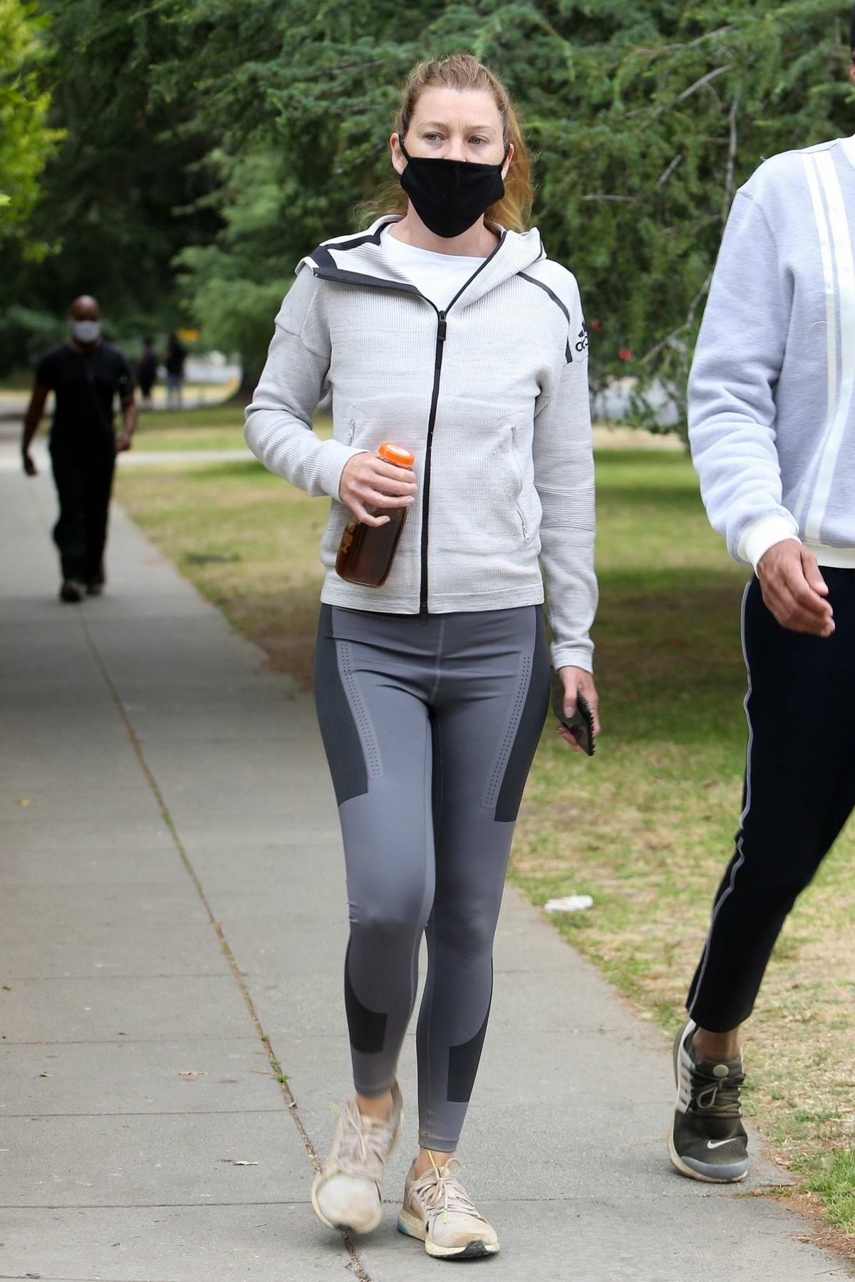 Ellen Pompeo sports workout gear while out on a hike with husband Chris Avery in Los Feliz, California