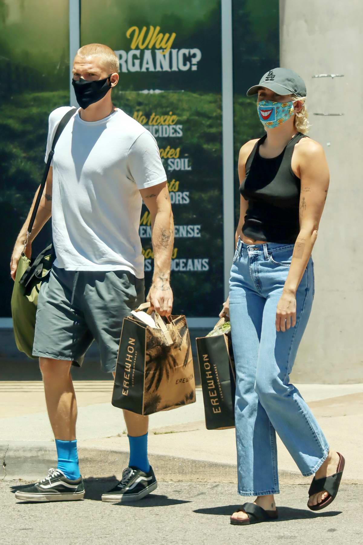 Miley Cyrus and Cody Simpson stop to pick up some groceries at Erewhon in Calabasas, California