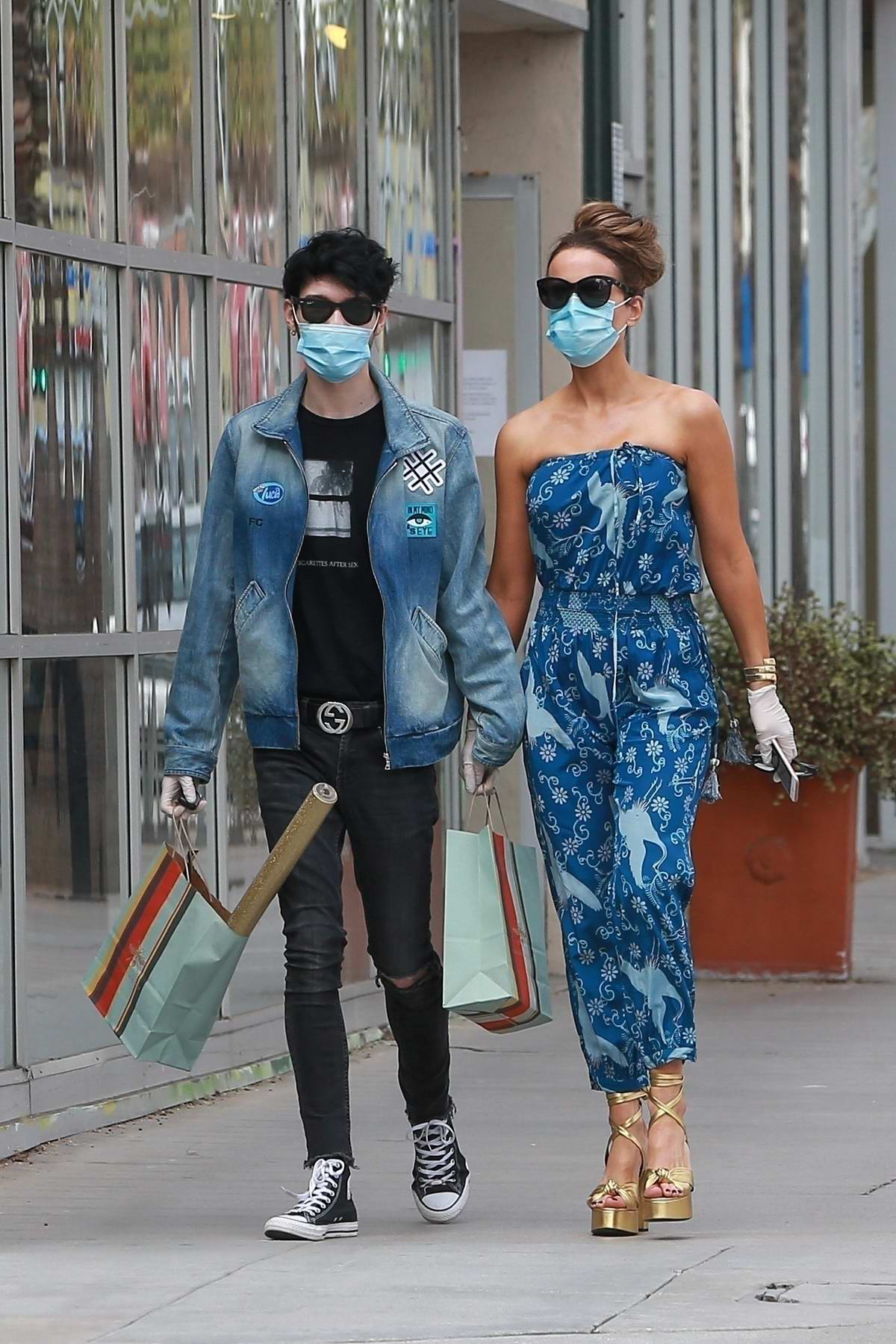 Kate Beckinsale looks stylish in a blue jumpsuit while out for some shopping with Goody Grace in Santa Monica, California