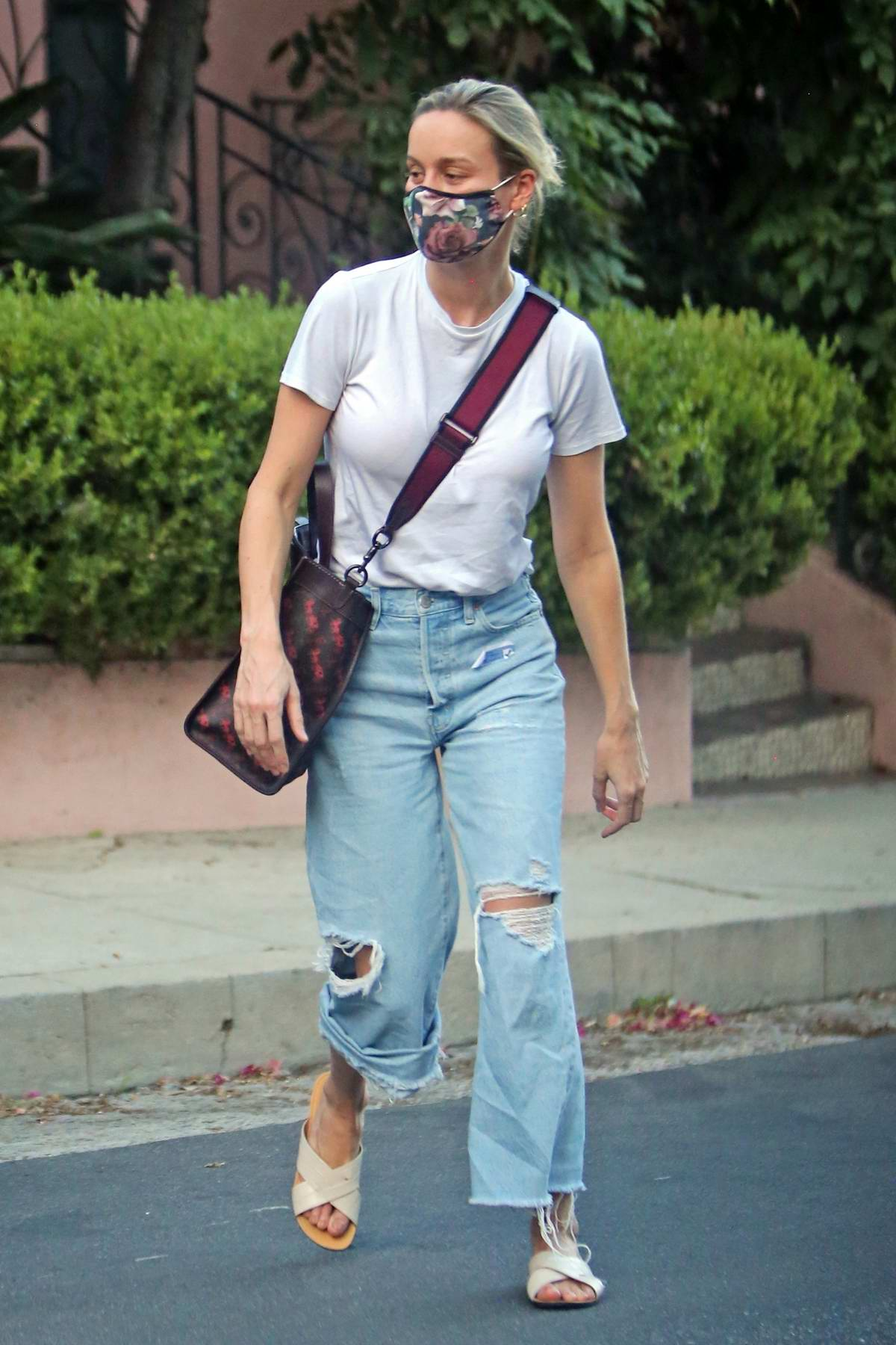 Brie Larson seen picking up items from a celebrity stylist's home in Los Angeles