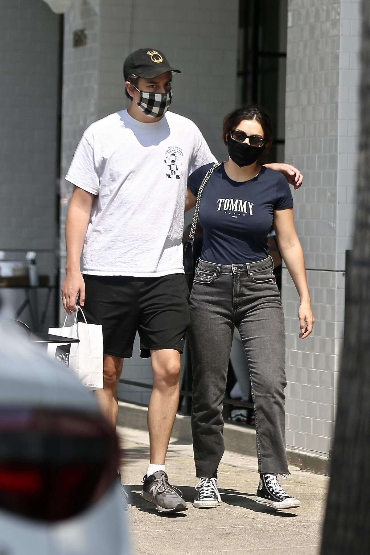 Charli XCX and boyfriend Huck Kwong step out to pick some take-away at Joan's on Third in Studio City, California