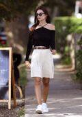 Emily Ratajkowski steps out for some shopping after having lunch in Amgansett Hamptons, New York