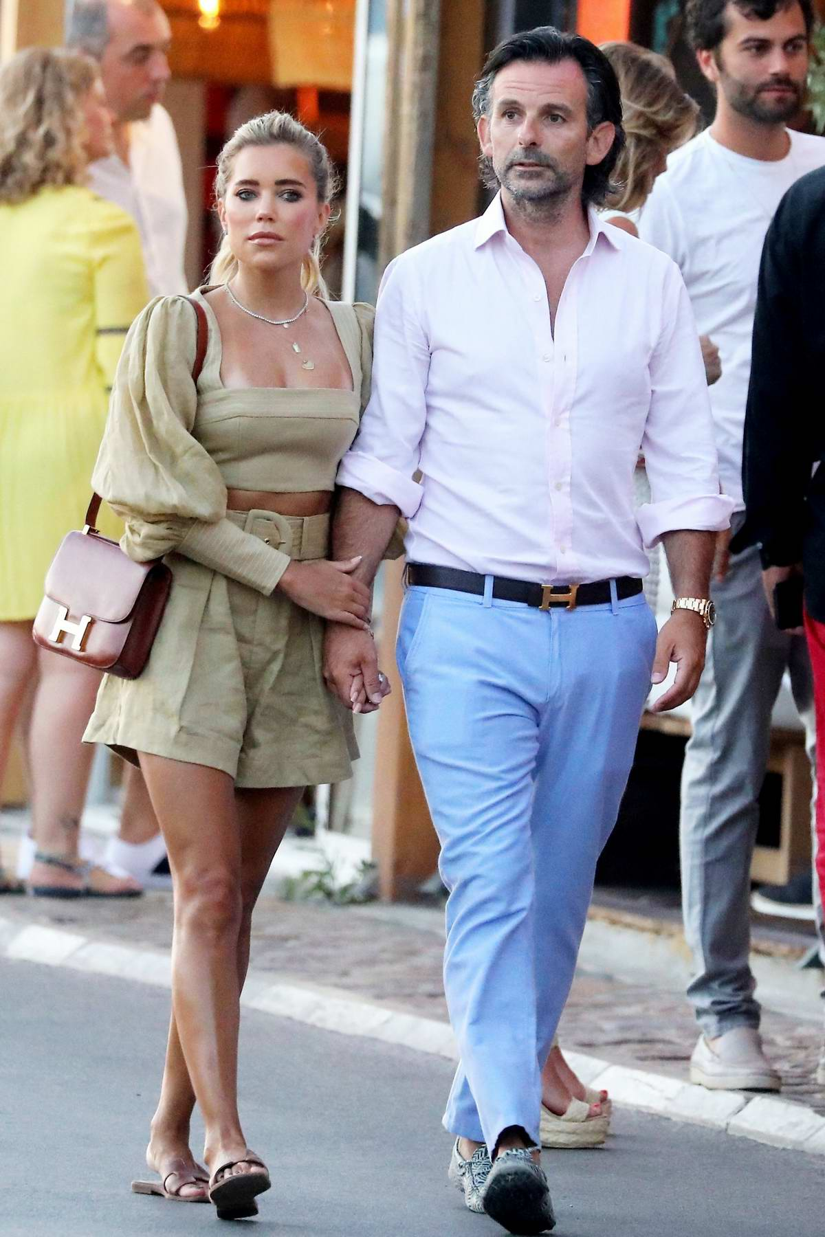 Sylvie Meis and Niclas Castello take a stroll through the port of Saint-Tropez, France
