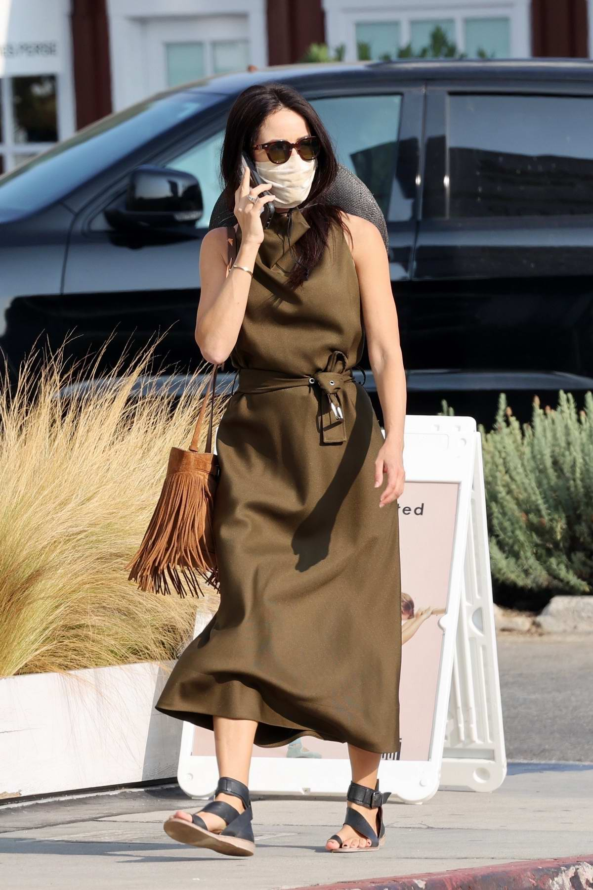 Abigail Spencer spotted running errands around Brentwood, California