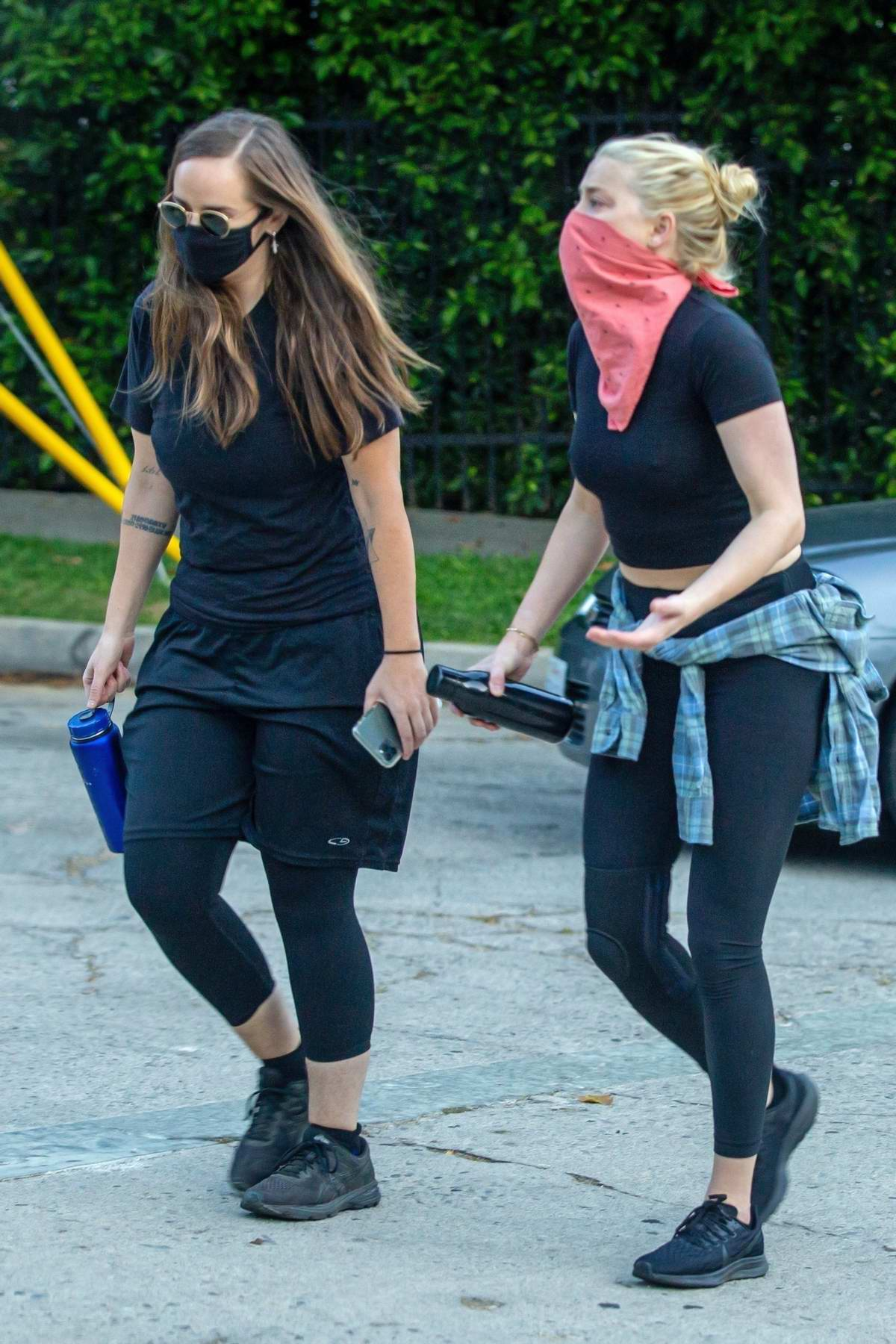 Amber Heard Sports A Black Crop Top And Leggings During An Afternoon Hike With A Friend At Griffith Park In Los Angeles 310820 14