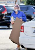 Ariel Winter stops at a UPS store to buy some boxes in Los Angeles
