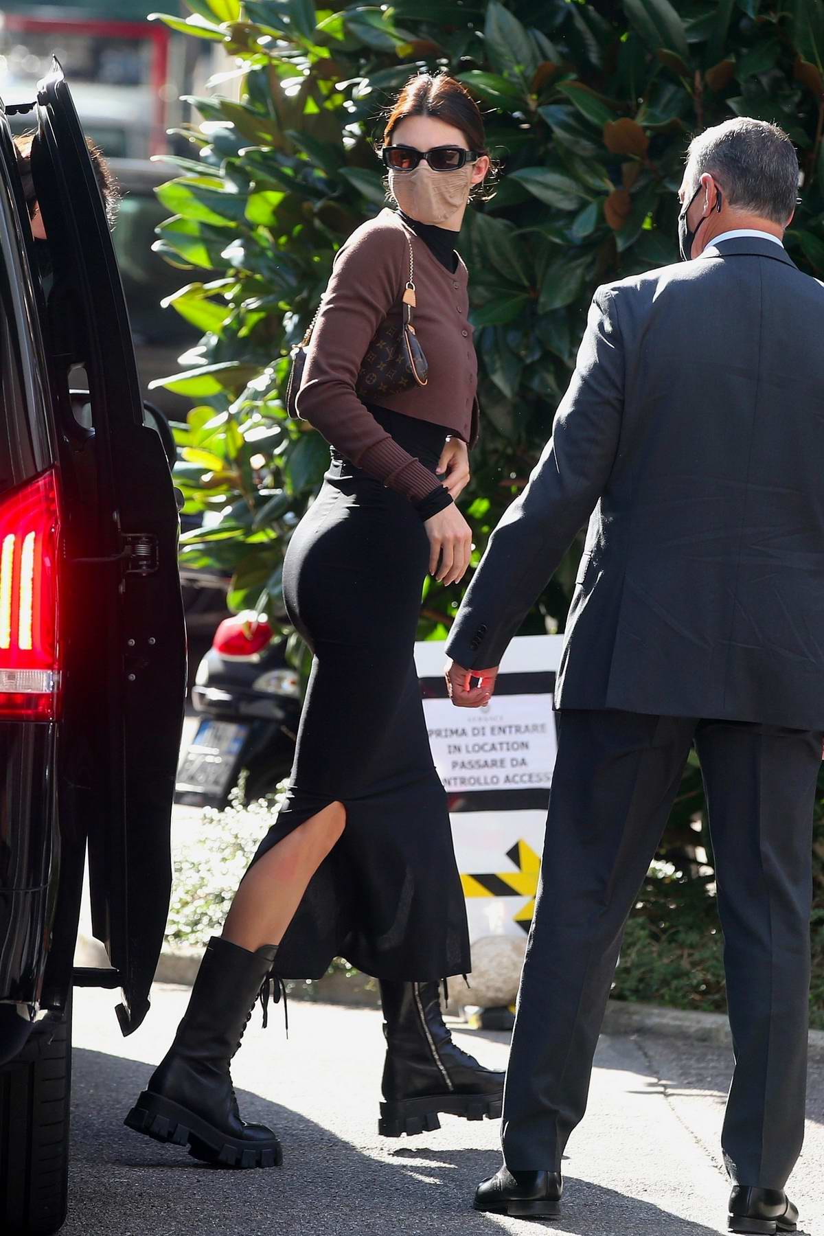 Kendall Jenner looks fashionable while arriving for a Versace photoshoot during Milan Fashion Week in Milan, Italy