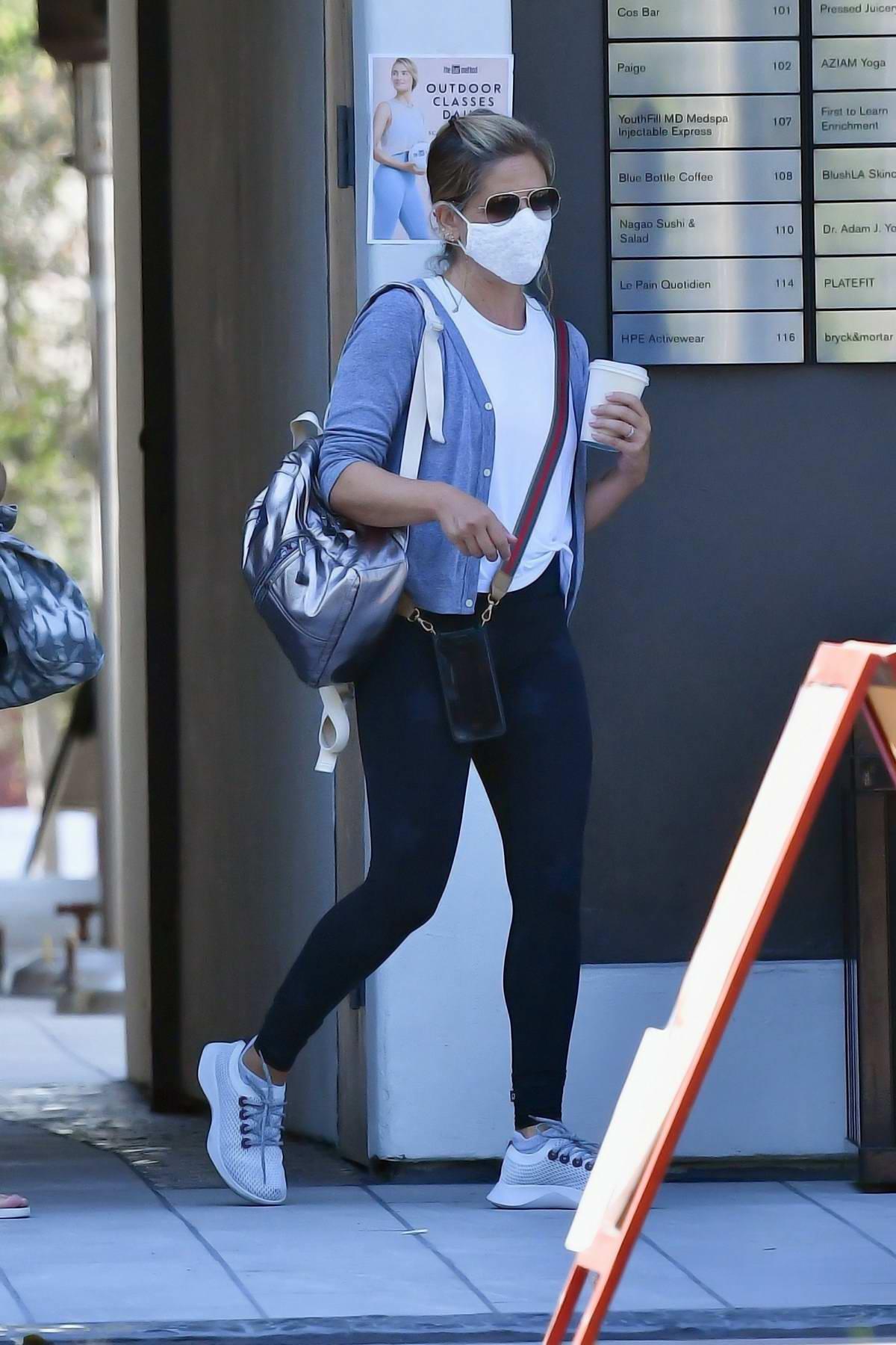 Sarah Michelle Gellar seen leaving after her pilates class in Brentwood, California