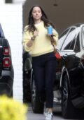 Ana de Armas looks great in yellow sweater while heading out for breakfast with Ben Affleck in Pacific Palisades, California