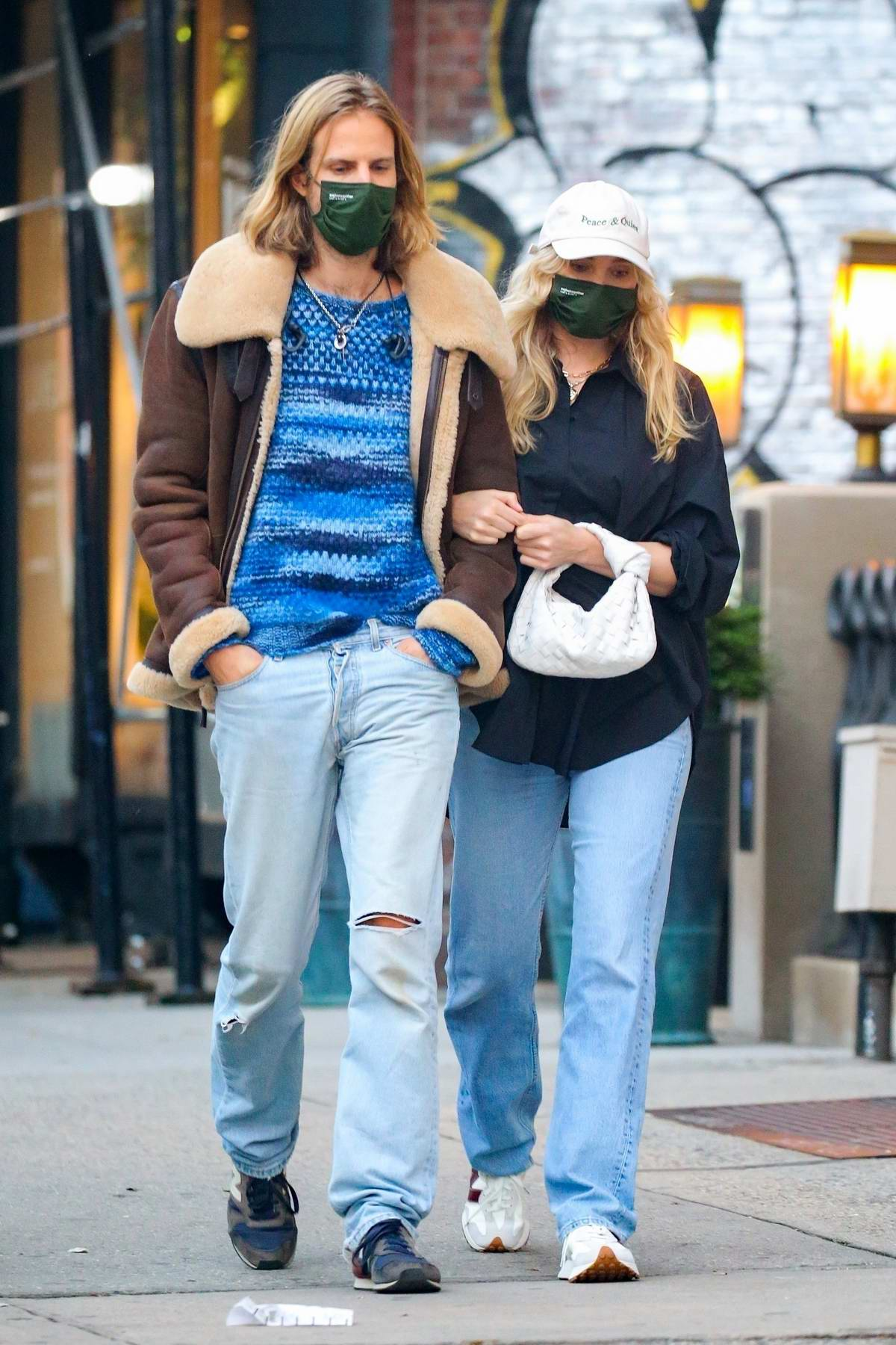 Elsa Hosk steps out for a stroll with Tom Daly in New York City