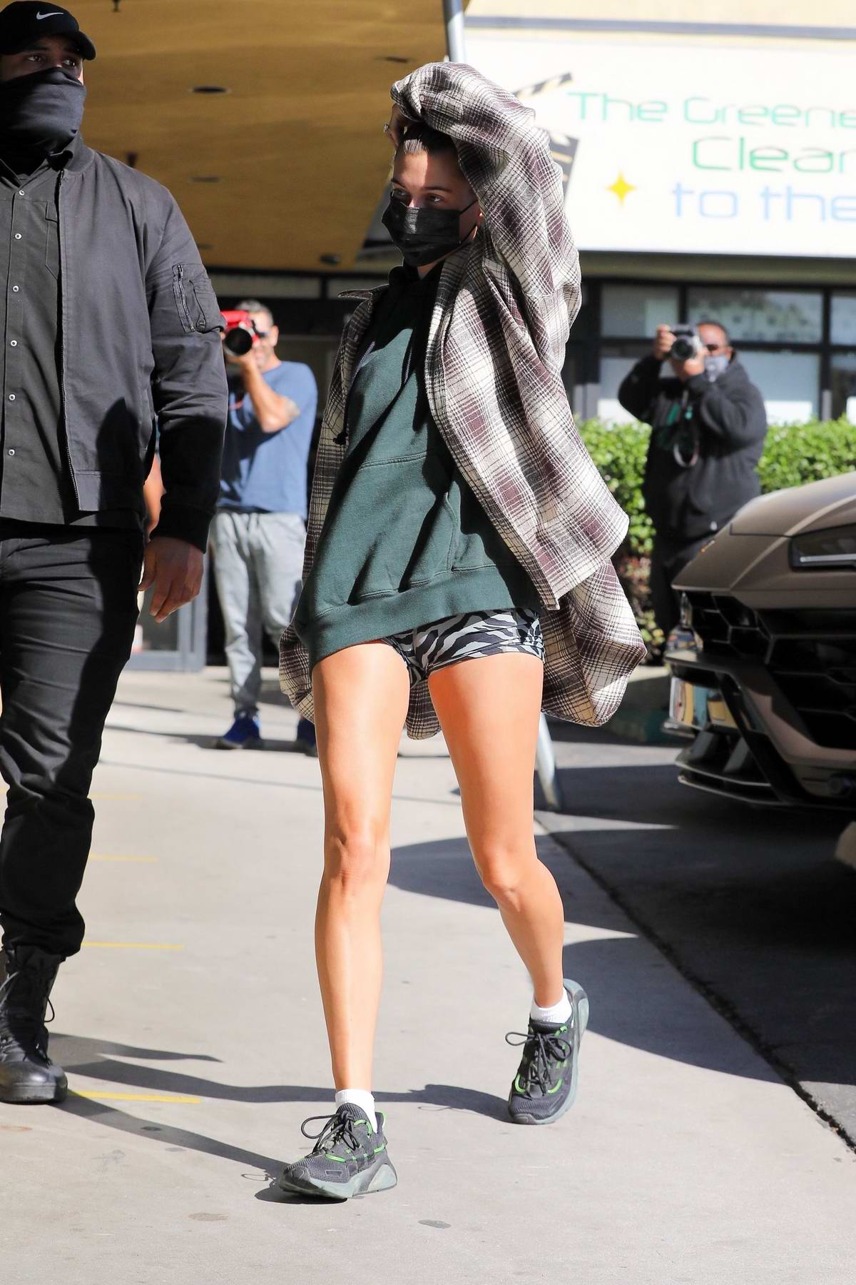 Hailey Bieber grabs some snacks and a smoothie from EarthBar with Kendall Jenner in West Hollywood, California