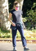 Jennifer Garner stops by to check on the progress of the construction of her new home in Brentwood, California