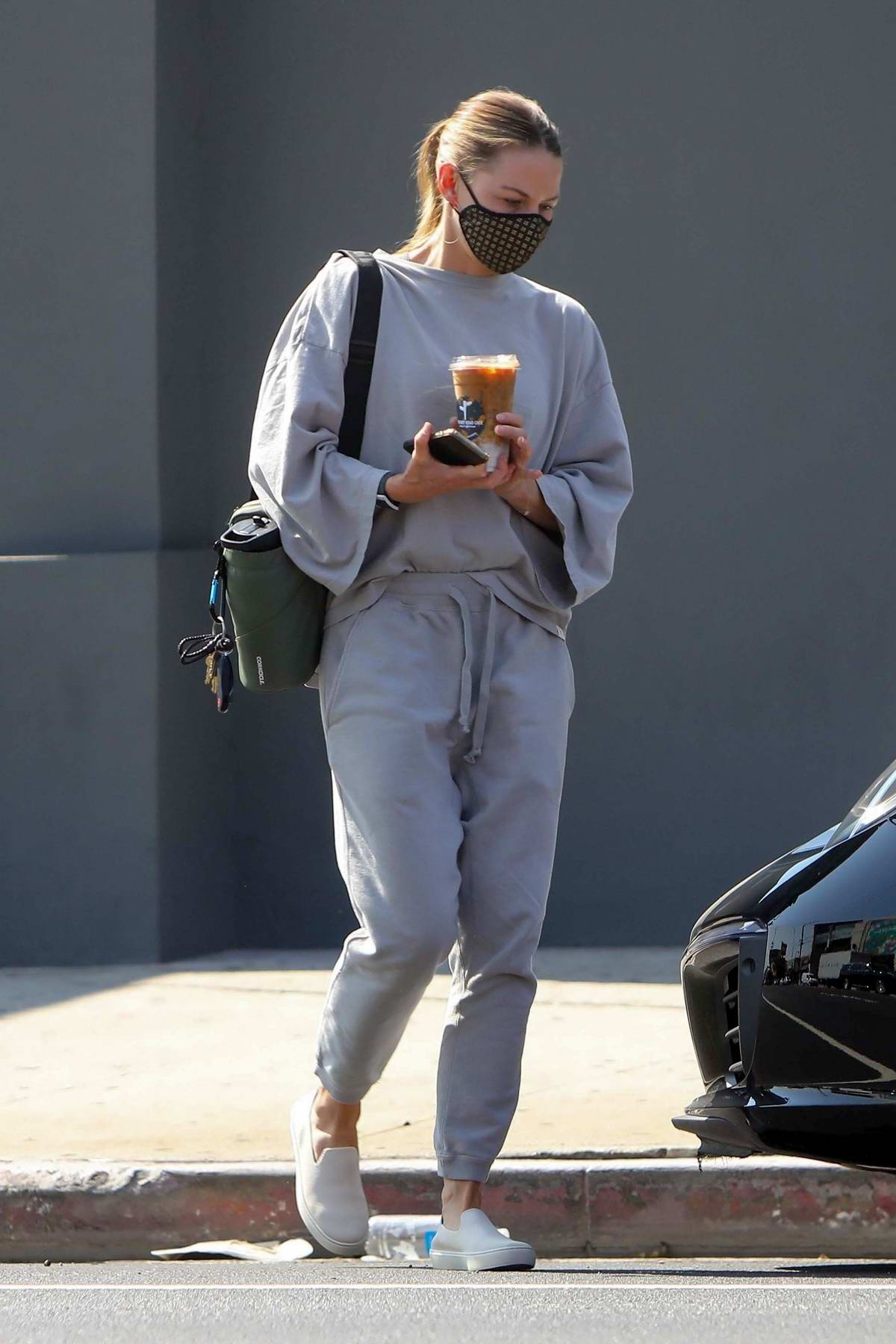 Jennifer Morrison steps out in gray sweats as picks up an iced coffee in West Hollywood, California