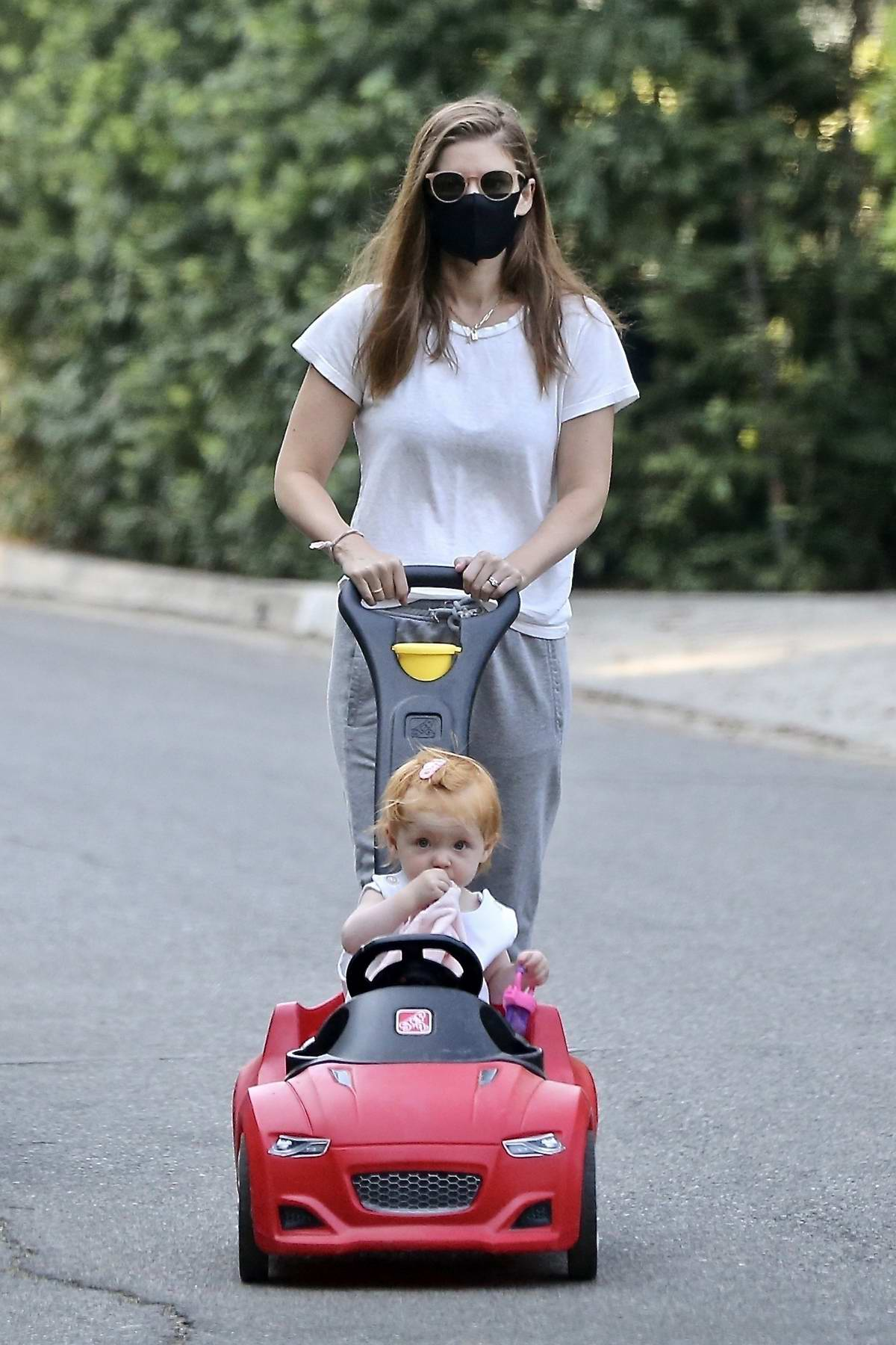 Kate Mara takes her daughter out for a stroll in Los Feliz, California