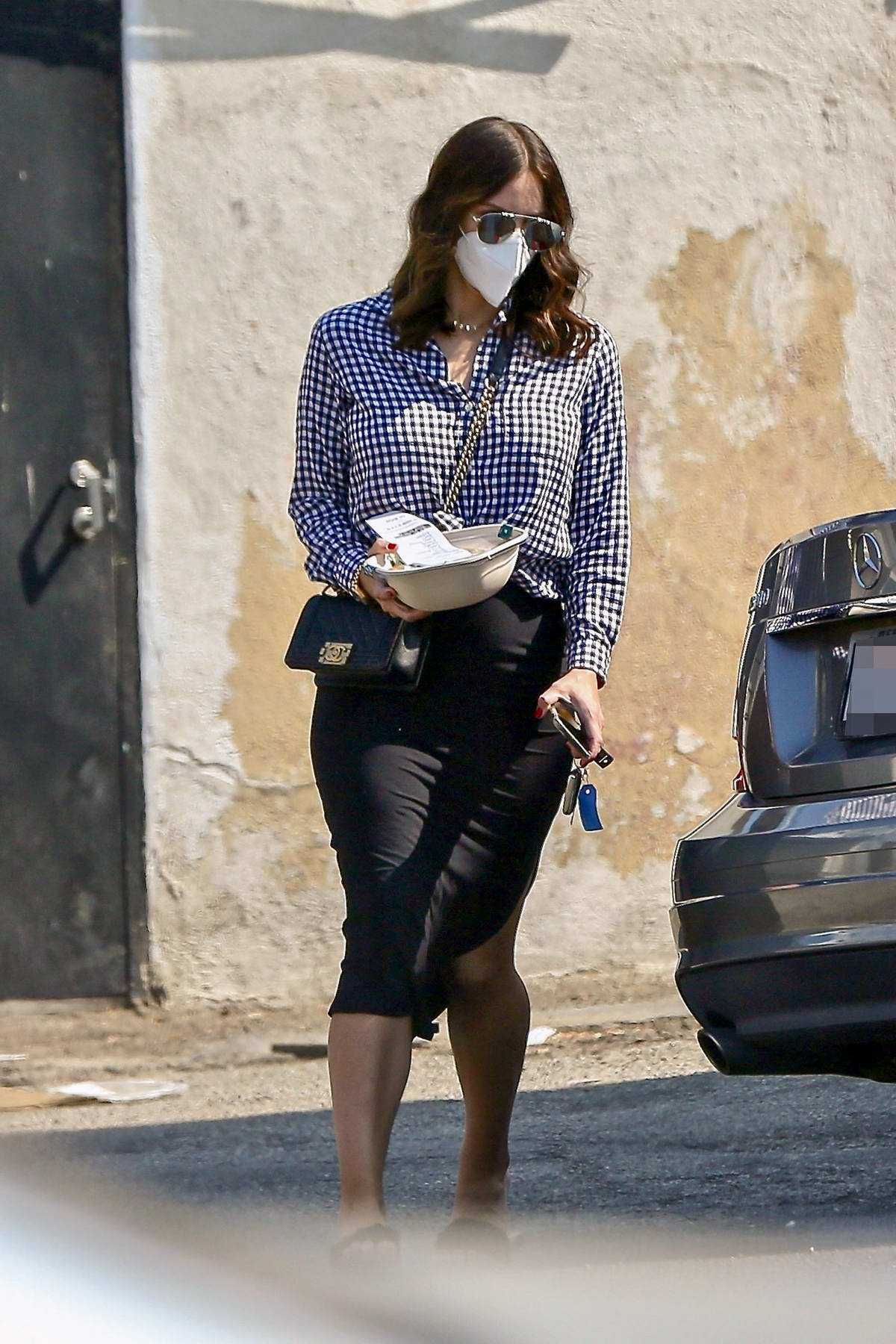 Katharine McPhee wears a monochrome outfit as she picks up a salad lunch to-go at Sweetgreen in Studio City, California
