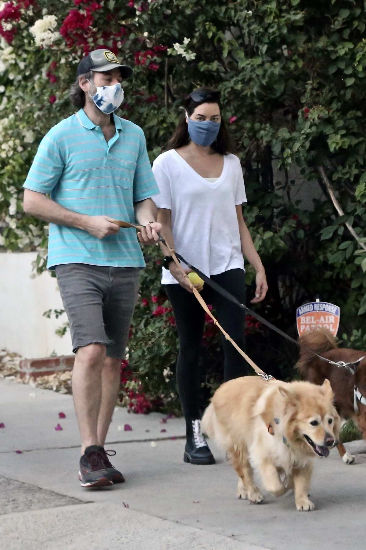 Aubrey Plaza and Jeff Baena step out to walk their dogs in Los Angeles