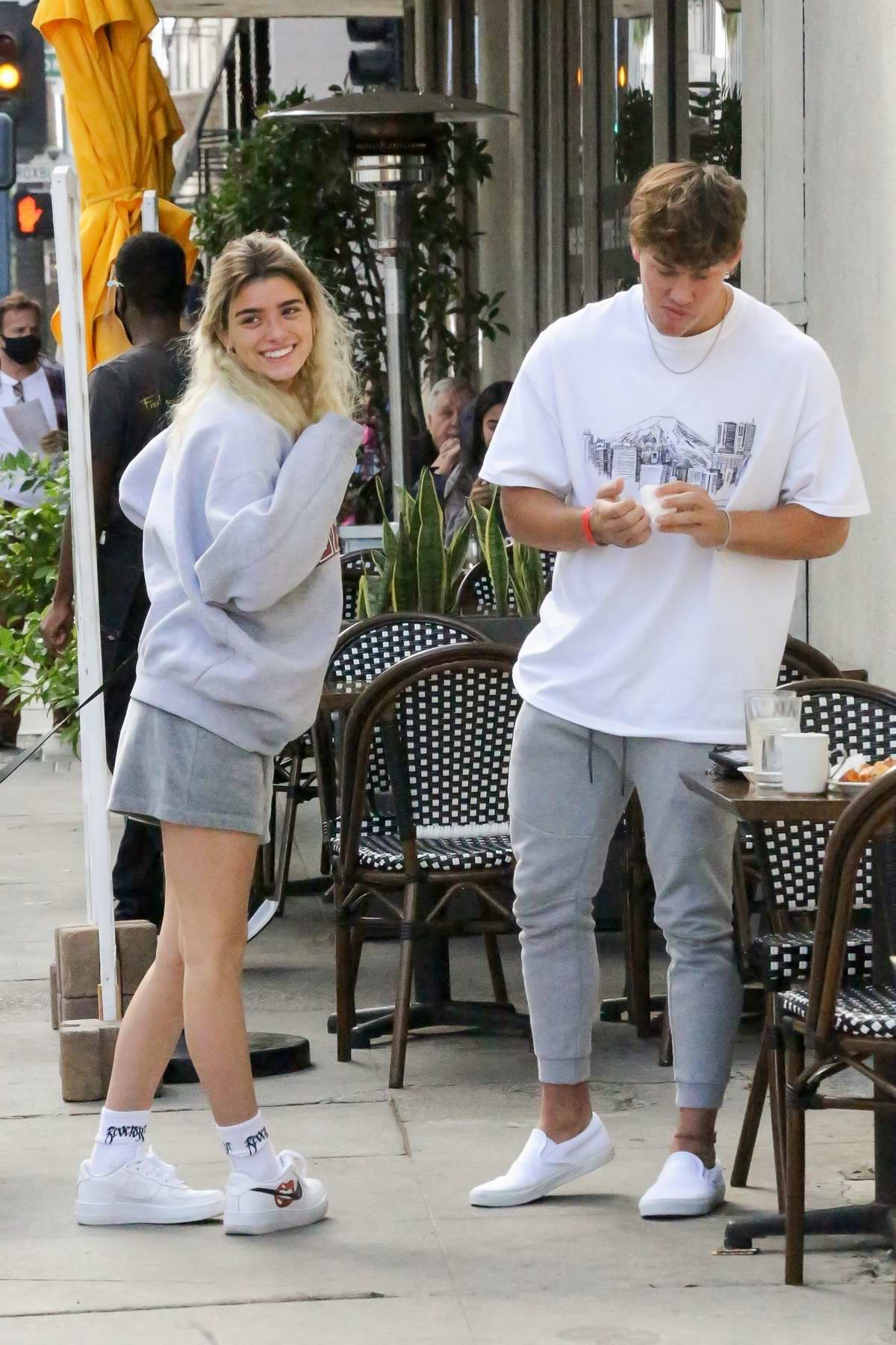 Dixie D'Amelio seen out enjoying a casual lunch date with boyfriend Noah Beck in Los Angeles